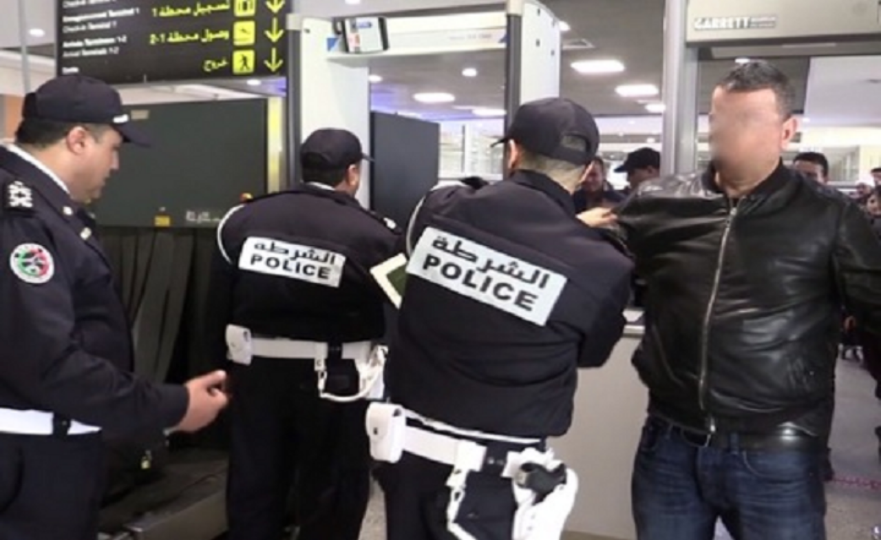 الأمن يوقف مواطنا فرنسيا بمطار محمد الخامس موضوع مذكرة بحث دولية
